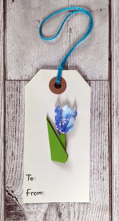 origami tulip gift tag - blue pattern