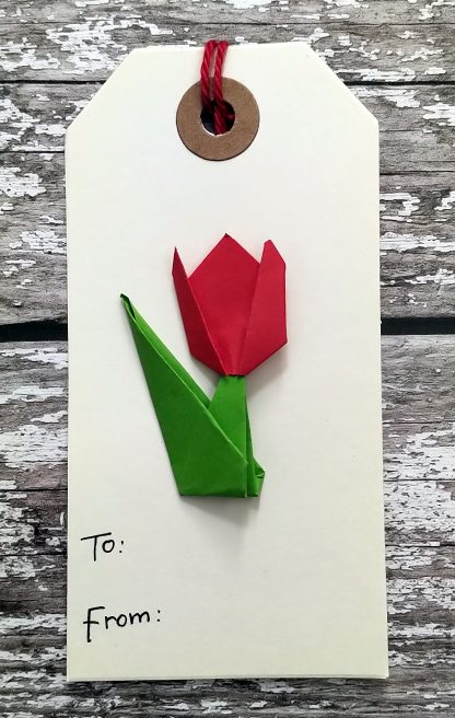 Origami tulip gift tag - red
