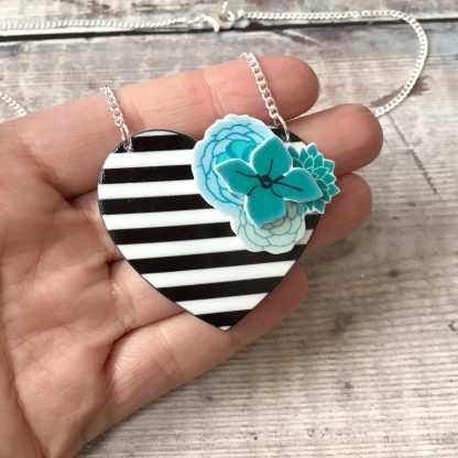 Stripes flowers heart statement necklace