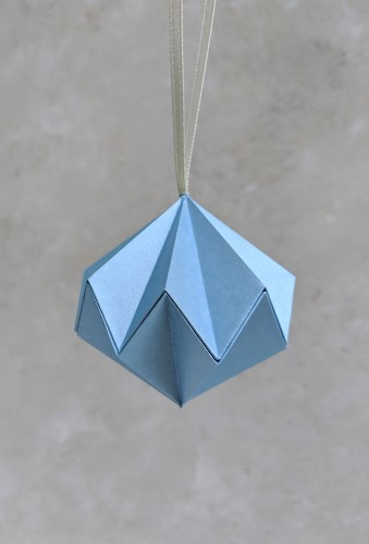blue metallic paper diamond bauble
