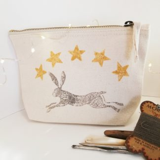 cotton zipper pouch printed with hare and stars