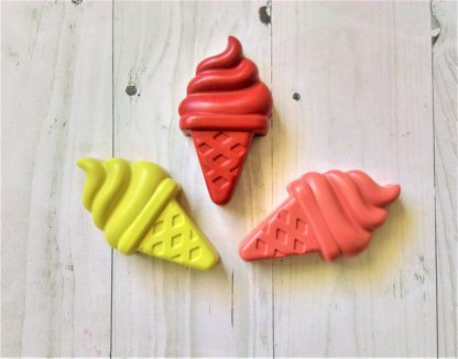 ice cream whippy shaped wax crayons