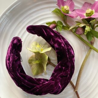 Velvet - Flat lay - Aubergine purple