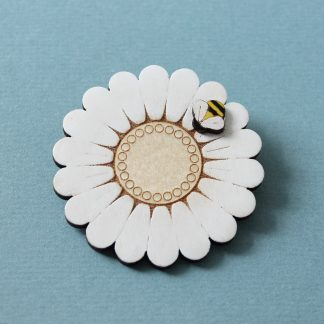 daisy brooch wood hand painted with bee etchable laser design