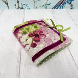 Floral neeedle case with sewing kit