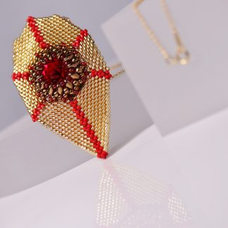 Beaded Jinli Pendant in Gold and Red