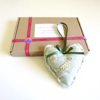 Bird print scented heart kit