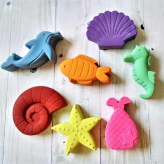 seahorse dolphin and fish shaped crayons