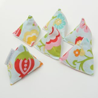 Six seed pod print fabric pattern weights
