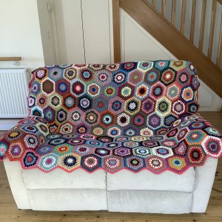 Hexagon colourful throw