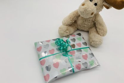 Cloud bunting with pink hearts