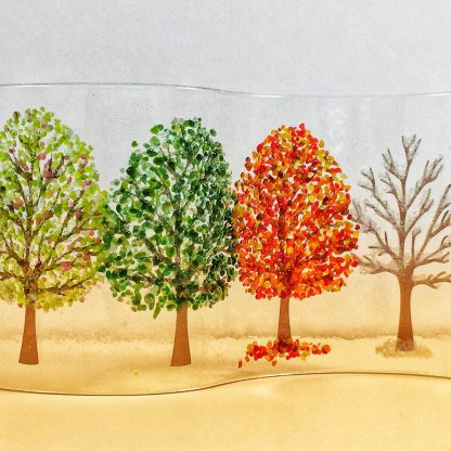 wave with four seasons trees
