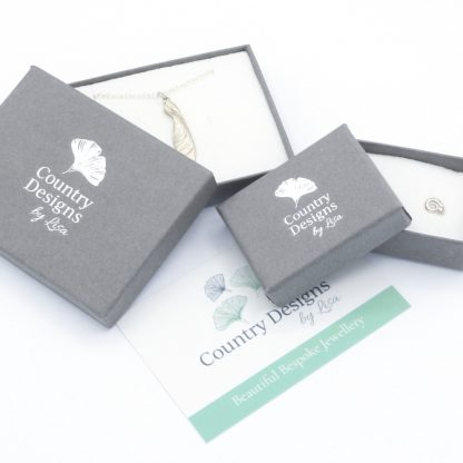 Country Designs by Lisa packaging