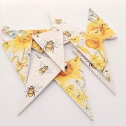 Bee and Flower Bunting