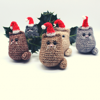 5 crochet cat christmas decorations