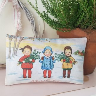 Vintage Christmas Illustration Fabric Gift