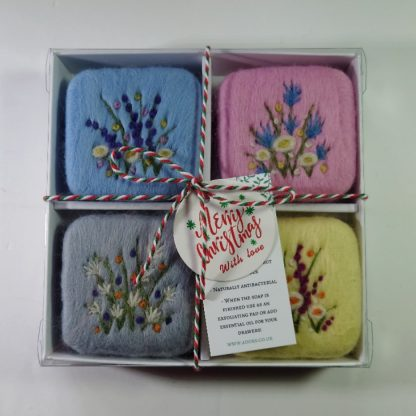 Soap gift set with Christmas labelling