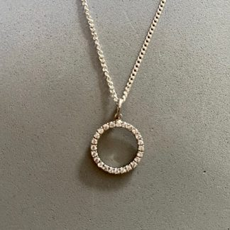 sterling-silver-circle-pendant-with-cubic-zirconia-4.jpg