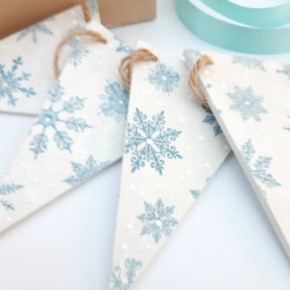 blue snowflake wooden bunting
