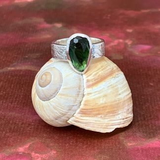Green Tourmaline Etched Sterling Silver Statement Ring - Magwitchery