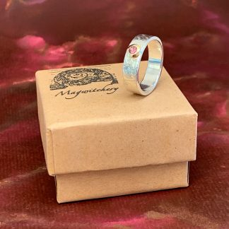 Gold Set Pink Tourmaline Etched Sterling Silver Ring - Magwitchery