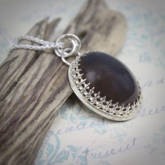 Willow & Twigg Golden Blue Agate Pendant Necklace