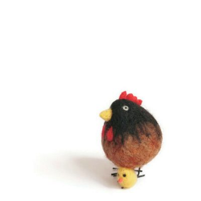 hen sculpture with chick