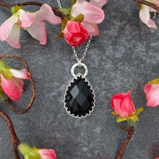 Black agate gemstone silver pendant necklace