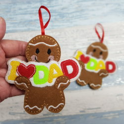 Gingerbread Holding a a Personalised I Love Dad Banner
