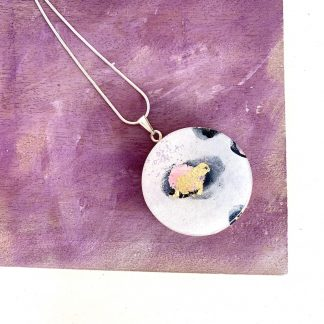 white and gold wood circle necklace