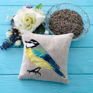 BlueTit lavender bag with bowl of lavender