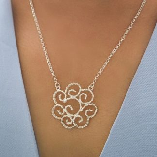 Handmade-sterling-silver-twisted-wire-pendant-necklace..jpg