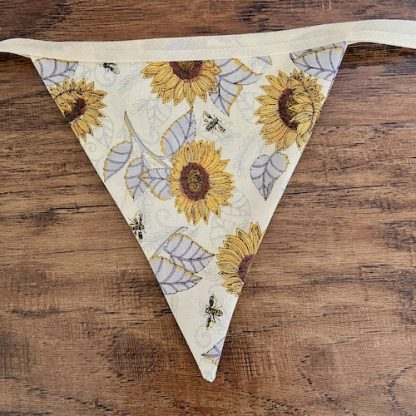 Sunflower-Bees-Bunting