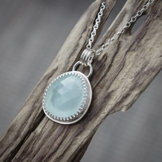 willow & Twigg Blue Aquamarine shiny silver pendant necklace