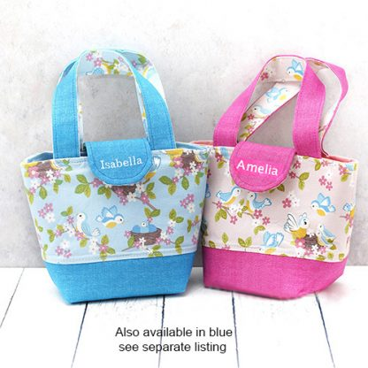 2 colourways of young child's toy bag featuring baby birds print