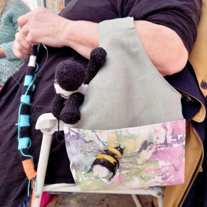 Project tote in use