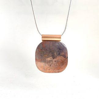 Stylish copper and wood necklace in peach colour