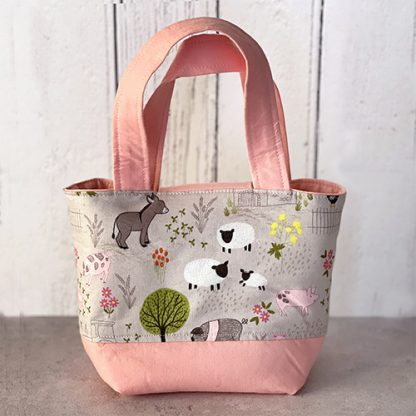 Back of farm animals toddlers toy tote bag