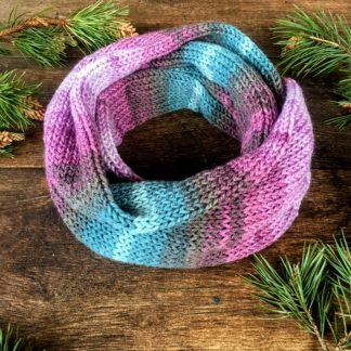 Hand knitted infinity scarf in lilac