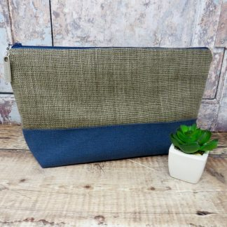 Large mens wash bag with wipe clean lining