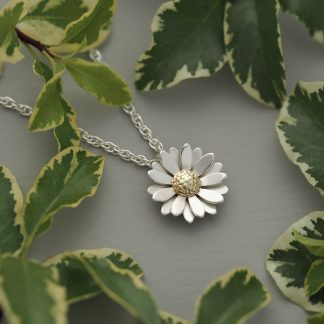 15mm double layered domed sterling silver daisy flower pendant necklace with 18ct yellow gold centre on 1.8mm rope chain