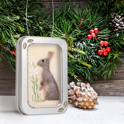 Christmas gift, rabbit little picture, framed in a small tin